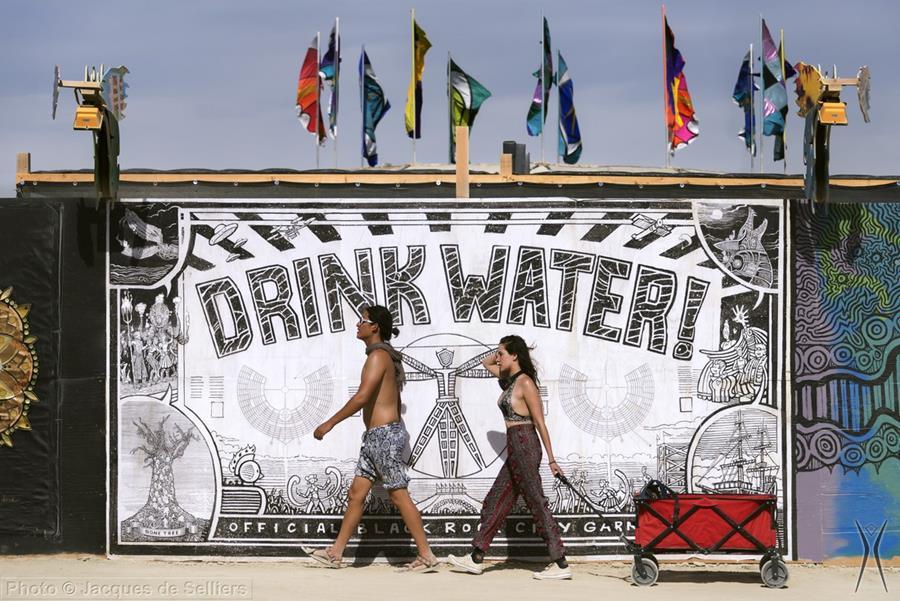drink-water-mural16
